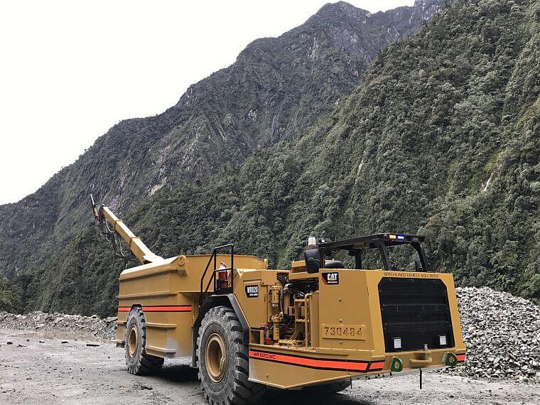 Custom water truck solution for Elphinstone