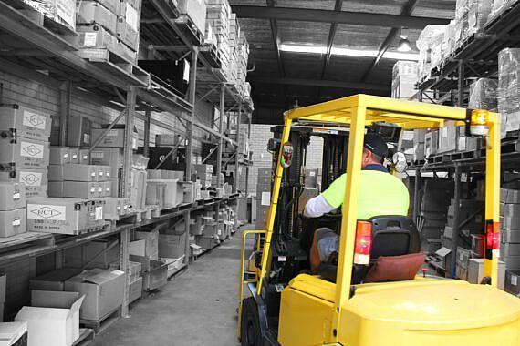 Forklift_Hyster_RCTwarehouse_2000pxl-570x380