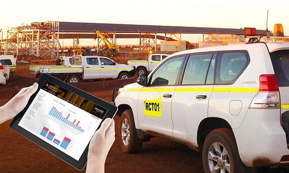 ET_For_LIGHT_Vehicles_Tablet-with-Prado_AUS_1080pxl-570x389_v2